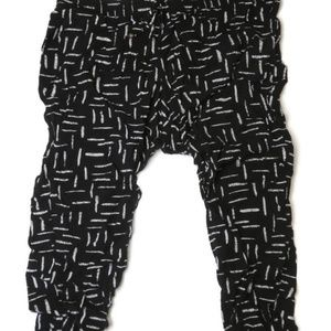 Old Navy Capris Pants XL Black Light Rayon